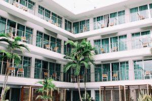 hotel-1209021_640